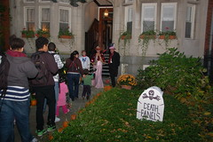 Beacon Hill Halloween (Chris Devers) Tags: autumn holiday fall halloween boston ma trickortreat massachusetts bostonma 2009 beaconhill trickortreating cameranikond50 exif:exposure_bias=0ev exif:exposure=0017sec160 exif:focal_length=24mm lens18200vr exif:aperture=f40 camera:make=nikoncorporation exif:flash=autofiredreturndetected camera:model=nikond50 meta:exif=1257920453 exif:orientation=horizontalnormal exif:lens=18200mmf3556 exif:filename=dscjpg exif:vari_program=auto exif:shutter_count=37807 meta:exif=1350400370