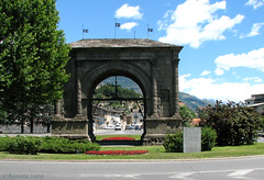Arch of Augustus - Aosta ( Annieta  Off / On) Tags: city italy holiday mountains color nature june juni montagne canon ilovenature this vacances vakantie is photo juin italia natuur powershot using piemonte illegal s2is bergen farbe colori without canonpowershots2is 2009 couleur stad permission allrightsreserved aosta citta monti itali valledaosta valdaosta kleur aostavalley annieta ultimateshot theunforgettablepictures anticando ~newenvyofflickr~ valledaosta usingthisphotowithoutpermissionisillegal usingthisphotowithoutmypermissionisillegal