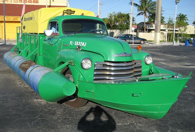 truck miami cuba chevy amphibious littlehavana 1951chevrolet loscamionautas