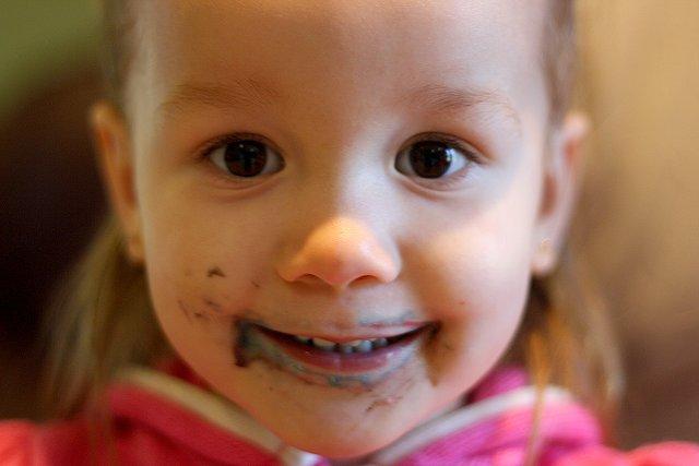 mo mo cake face