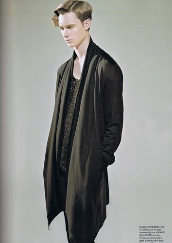 Joseph Culp0031_Numero Korea2008_10(mh)