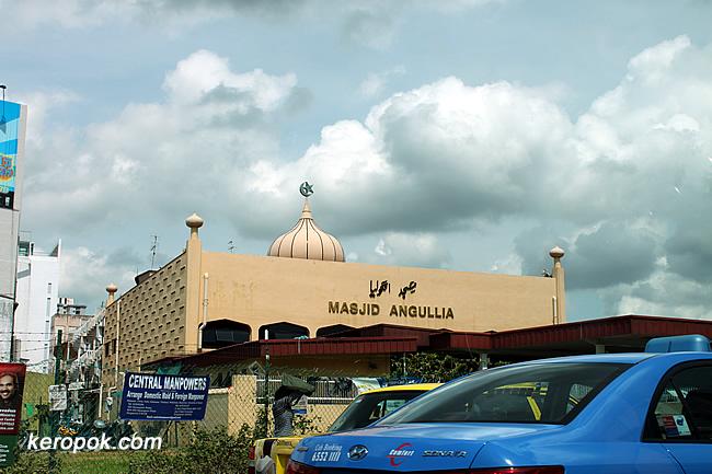 Masjid Angullia