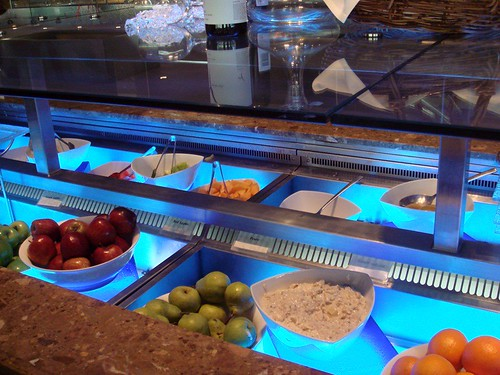 Salad bar@Waves