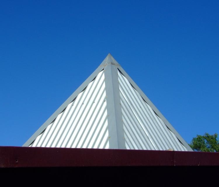 pyramid 02