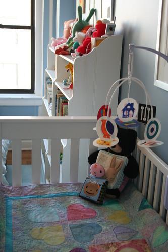 Crib, Mobile, Quilt