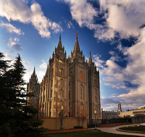 SAlt lake temple cool cloudwork
