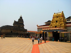 Sringeri Sharada Peeta (Ashok666) Tags: india religious temple worship god indian south religion goddess culture lord temples sacred adi shiva karnataka hindu hinduism guru shakti sharada matha sringeri bharathi peeta shankaracharya theertha teertha rajaguru sharadamba