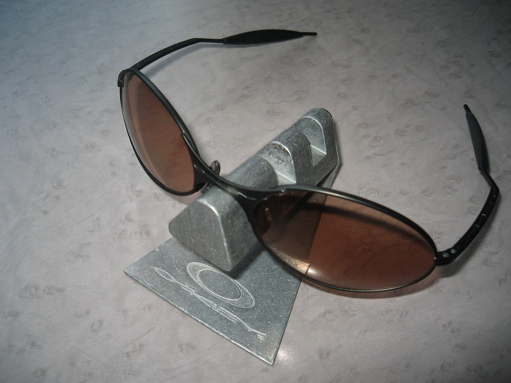 Old Fashioned Oakley A Wire Silver Gift - Electrical and Wiring ...