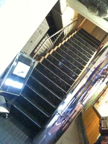 入り口の階段