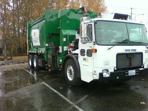 similiar mcneilus waste management keywords 17 waste management autocar mcneilus manual automated side loader