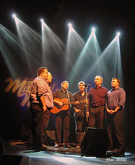 "Masterless Men ... ""unplugged"" (>> Hal <<) Tags: show light music men newfoundland concert folk stjohns singer irsh masterless sonwriter nottobeusedwithoutmypermission 2009halmiller masterlessmen"