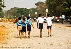 F.R.I.E.N.D.S (Jogeshwar) Tags: road city school india boys kids children construction uniform friendship traffic kodak happiness busy dust noise roaming camaraderie jogeshwar