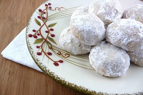 Louisiana Pecan & Butterscotch Ball Cookies Recipe