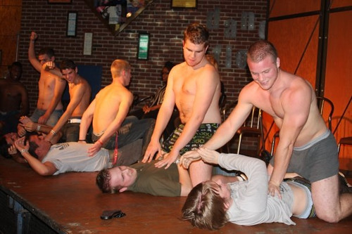 Hipnotisd to strip