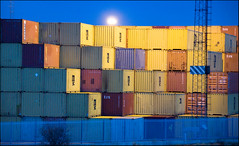 Contained (rowteight) Tags: dawn boxes felixstowe seaport containers