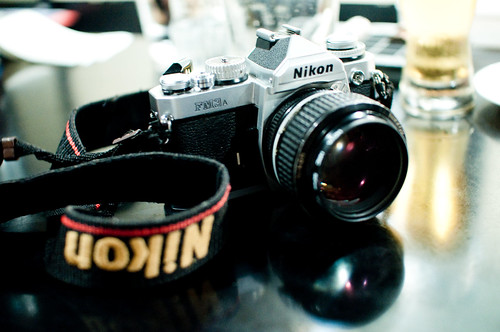 Usando una Nikon FM3A class=