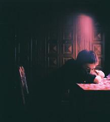 [フリー画像] [人物写真] [男性ポートレイト] [外国人男性] [イケメン] [憂鬱/メランコリー] [台湾人]     [フリー素材]