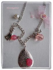 E156.1 (Natalocas) Tags: pink glass metal hearts handmade rosa craft jewelry bijoux coraes jewels colares necklaces vidros bijuterias resins resinas bijutarias vintageflores collectionparfums