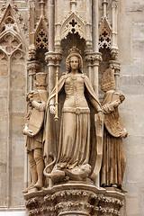 Stephansplatz, Vienna 0021 (Lucia Pitter) Tags: vienna travel winter vacation statue austria europe cathedral