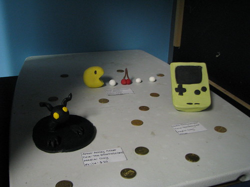 Pac-Man, Game Boy, Heartless sculptures