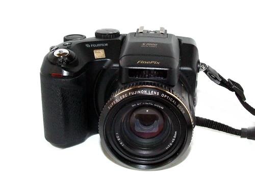 Fujifilm FinePix S7000 - Camera-wiki org - The free camera encyclopedia