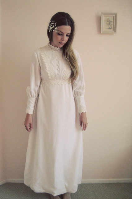 1960s wedding dress