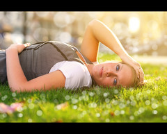 Laura ~ Senior Summer Bliss (~Phamster~) Tags: canon westcott 85l strobist seniorsession 580exii 28x28 radiopoppers