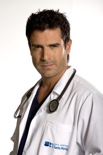Rafael Novoa es Andrés Guerra