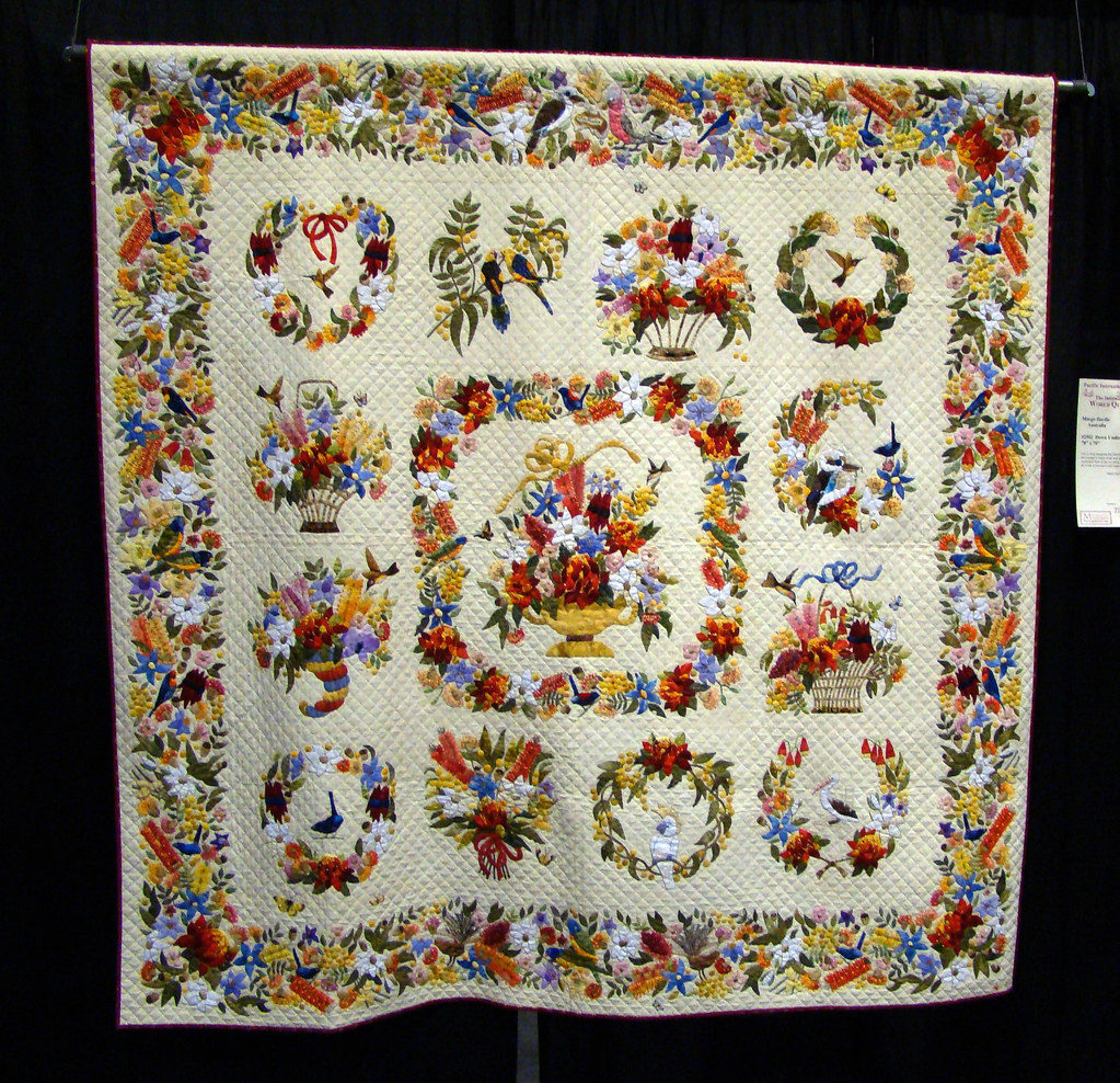 DSC02727 Quilt 2502 Down Under Florabunda by Margo Hardie