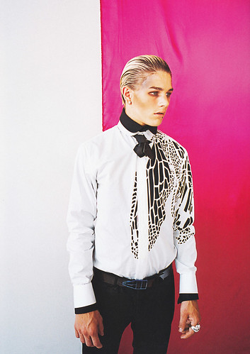 Luke Worrall5016(DAZED71_2008_10)
