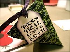 Halloween candy holder (09)