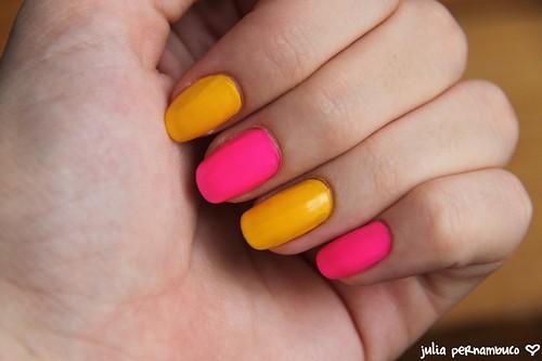 Amarelo Ácido Arezzo + Perky Pink N.Y.C