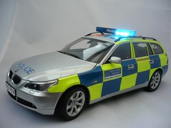 1/18 Code 3 BMW 5 Series Met Police Traffic Car, With Working Lightbar (alan215067code3models) Tags: city uk party england 3 london car speed out leaving high code traffic motorway britain 5 capital great working police award parade led gift present bmw bobby series british presentation passing met flashing emergency touring pursuit m25 retierment 118 535d lightbar 530d