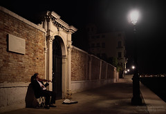 North Shore Challenge 2010 (janusz l) Tags: street venice italy musician music night geotagged lights empty violin walkway promenade classical lonely 2010 janusz osolemio leszczynski abigfave northshorechallenge infinestyle geo:lat=45428757 geo:lon=12333484 012933