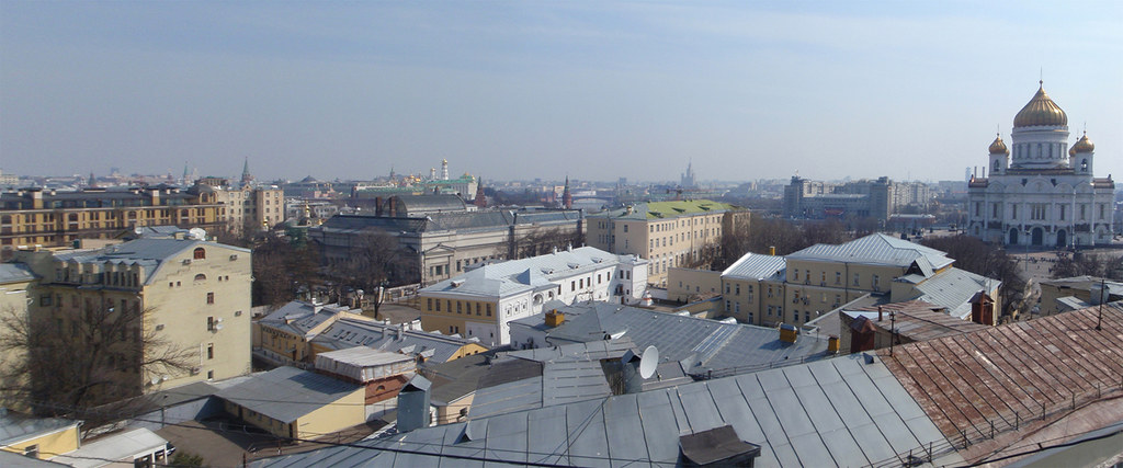 Gogol_na_Puskin_Cathedral
