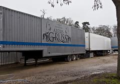 trucks - 1 (walterfrankvoort) Tags: circus trucks cirque parijs alexisgruss circussen januari2010