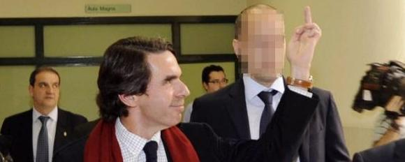 La peineta de Aznar