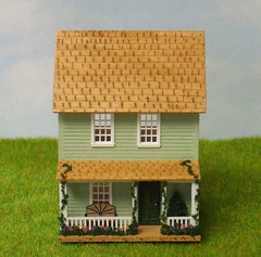 144th Scale Cottage with Loft