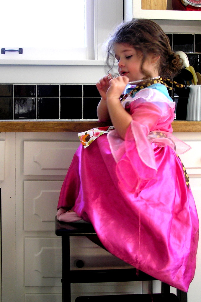 pearls are a must when a princess bakes