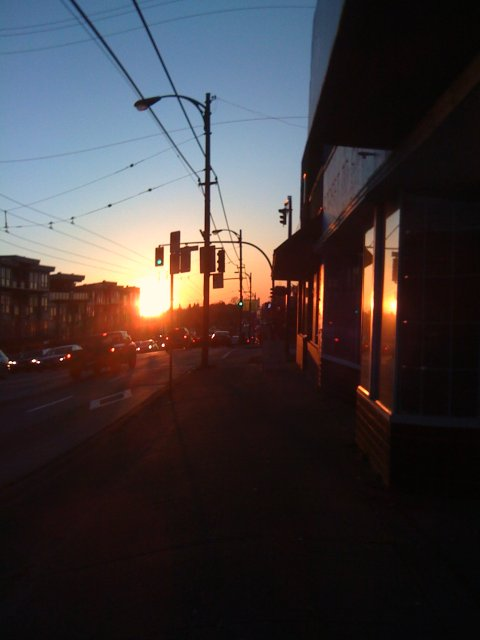 Hastings St at sundown