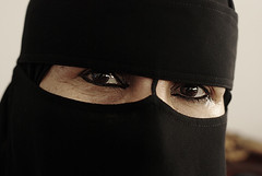 [1\20 ] (Ebtesam.) Tags: old eye nikon women d mother hijab arabia jeddah 18 niqab saudia nikond40x flowerofislam