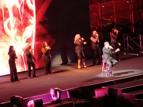 George Michael in concert, Sydney 2010 - 07