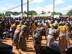 Grupo de danza de N' naua y Campine