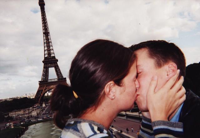 2001. paris.