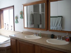 His and Her Sinks- Masterbath (SunshineRanchRentals) Tags: show vacation arizona white mountains low rental az
