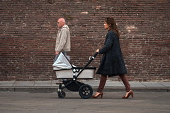 [ L'ansia relativa - Relative anxiety ] DSC_0280.2.jinkoll (jinkoll) Tags: street people passing passingby elderly overtake overtaking stroller city town old mum mother step wall bricks bologna center