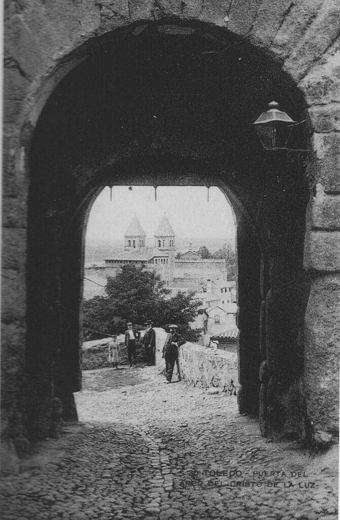 Puerta de Valmardón de Toledo a inicios del siglo XX. Foto M. H.