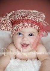 smile! 6 months old. (Heidi Hope) Tags: christmas ri red portrait baby holiday hat ma stripe knit bow candycane portraitstudio portraitphotographer babyportrait babyphotographer newbornphotographer massachusettsphotographer rhodeislandphotographer heidihopephotography newbornportraitphotographer heidihope httpwwwheidihopecom httpwwwheidihopeblogspotcom wwwheidihopecom