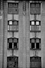 Fachadas Paulistanas B&W (AlexJ (aalj26)) Tags: cidade bw white black branco arquitetura architecture nikon sãopaulo centro pb preto sampa sp jorge e da alexander peb d90 alexj aalj26 alexanderaljorge