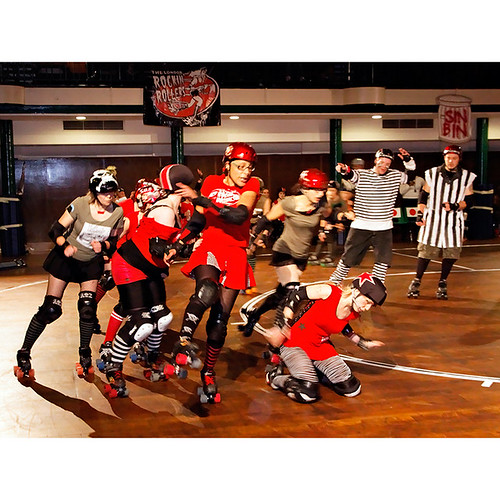 Fightmare before Christmas, London Rockin Rollers v Birmingham Blitz Dames